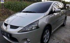 DIY Yogyakarta, jual mobil Mitsubishi Grandis 2.4 Automatic 2005 dengan harga terjangkau