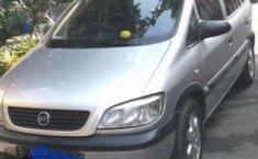 Jual mobil bekas murah Chevrolet Zafira 2004 di Jawa Barat