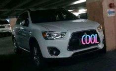 Mobil Mitsubishi Outlander 2014 dijual, Jawa Timur