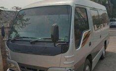 Dijual mobil bekas Isuzu Elf 2.8 Minibus Diesel, Banten