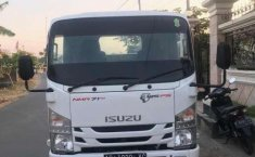 Mobil Isuzu Elf 2017 NMR 71 dijual, Jawa Tengah