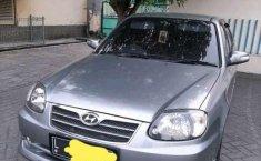 Jual cepat Hyundai Avega 2012 di Jawa Timur