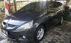 Mitsubishi Grandis 2009 Jawa Tengah dijual dengan harga termurah