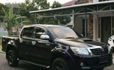 Sulawesi Barat, Toyota Hilux 2014 kondisi terawat