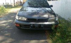 Mobil Toyota Corona 1997 terbaik di Jawa Timur