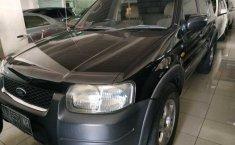 Jual mobil bekas Ford Escape XLT 2003 dengan harga murah di Jawa Tengah