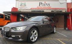 Mobil BMW 3 Series 320d 2014 terawat di Banten