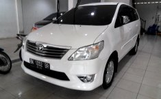 Dijual mobil Toyota Kijang Innova 2.5 G 2011 bekas, Sumatera Utara