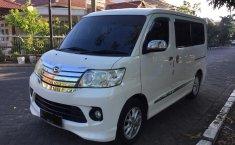 Jual Daihatsu Luxio X 2014 mobil terbaik di Jawa Timur