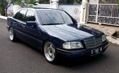 Jual mobil Mercedes-Benz C-Class C200 1995 murah di DKI Jakarta