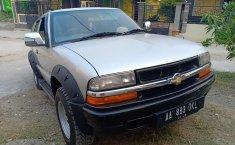 Jual mobil bekas Chevrolet Blazer Montera LN 2000 di Jawa Timur