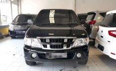 Mobil Isuzu Panther 2014 LV dijual, Jawa Timur