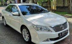 Jual Toyota Camry V 2013 murah di DIY Yogyakarta