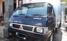 Mobil Mitsubishi L300 2015 dijual, Bali