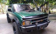 Jual mobil bekas murah Chevrolet Blazer DOHC LT 1997 di Lampung