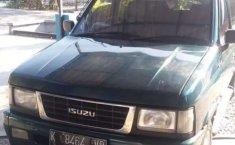 Mobil Isuzu Panther 2000 2.5 terbaik di Jawa Tengah