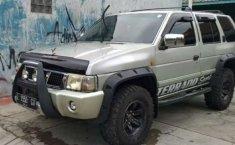 Jawa Barat, Nissan Terrano Spirit 2004 kondisi terawat