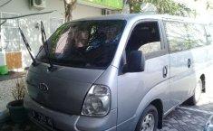 Mobil Kia Travello 2010 dijual, DIY Yogyakarta