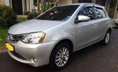 Jual Toyota Etios Valco E 2015 harga murah di Jawa Barat