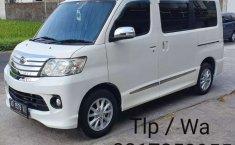 Jual mobil bekas murah Daihatsu Luxio X 2014 di Jawa Tengah