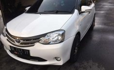 Dijual mobil bekas Toyota Etios Valco E, Sumatra Utara