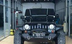 Mobil Jeep Wrangler 2011 Rubicon dijual, Sumatra Selatan