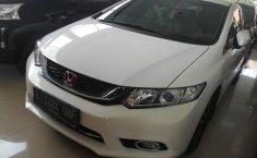 Mobil Honda Civic 1.8 i-Vtec 2015 terawat di DIY Yogyakarta