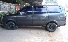 Mobil Toyota Kijang 2000 LX terbaik di Jawa Tengah