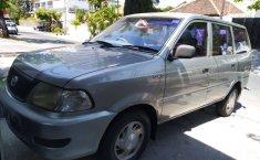 Jual Toyota Kijang Kapsul 2004 harga murah di Jawa Timur