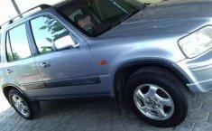 Mobil Honda CR-V 2001 4X2 terbaik di Jawa Tengah