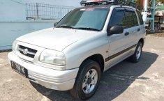 Jual mobil bekas murah Suzuki Escudo 2004 di Jawa Tengah