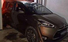 Jual Toyota Sienta Q 2017 harga murah di DKI Jakarta