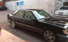 Dijual mobil bekas Mercedes-Benz E-Class E 320, Jawa Timur