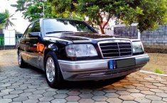 Mercedes-Benz E-Class 1989 Jawa Barat dijual dengan harga termurah