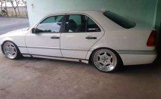 Jual mobil Mercedes-Benz C-Class C200 1996 bekas, DIY Yogyakarta