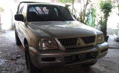 Jual mobil Mitsubishi Strada L200 2007 dengan harga murah di Jawa Barat
