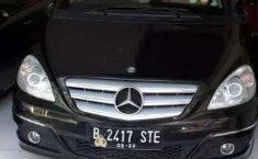 Mobil Mercedes-Benz B-CLass 2010 B 180 terbaik di DKI Jakarta