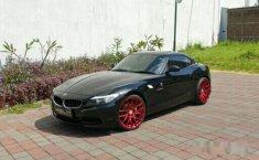 Mobil BMW Z4 2009 dijual, Jawa Timur
