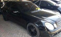 Dijual mobil bekas Mercedes-Benz E-Class E 200, Kalimantan Selatan