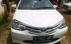Jawa Barat, Toyota Etios Valco E 2015 kondisi terawat