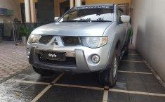 Jual mobil bekas murah Mitsubishi L200 Strada Triton GLS 2010 di Jawa Timur