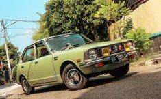 Review Toyota Corolla 1974: Simbol Mobil Orang Kaya Di Era 70-an