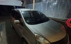 Mobil Nissan Livina 2013 SV terbaik di Jawa Barat