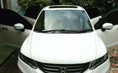 Mobil Honda Odyssey 2010 terbaik di DKI Jakarta