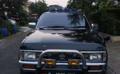 Jual Nissan Terrano 2002 harga murah di Banten