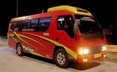 Mobil Isuzu Elf 2012 terbaik di Jawa Timur