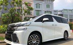 Jual cepat Toyota Vellfire ZG 2015 di Jawa Timur
