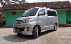 Jawa Barat, jual mobil Daihatsu Luxio X 2010 dengan harga terjangkau