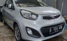 Dijual mobil bekas Kia Picanto SE, Jawa Barat