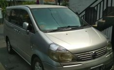 Mobil Nissan Serena 2007 Autech terbaik di Jawa Barat